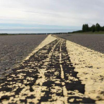 Lentokentän tuntumassa on hyvät tilat järjestää palvelut ja majoitusmahdollisuudet Jukolan viestissä 2023.