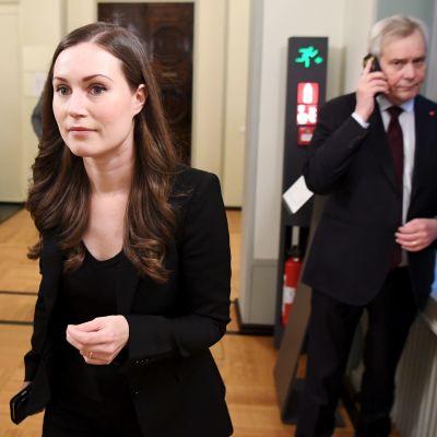 Sanna Marin och Antti Rinne under regeringsförhandlingarna.