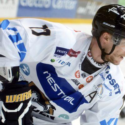 Mika Pyörälä fortsätter länge i Kärpät.