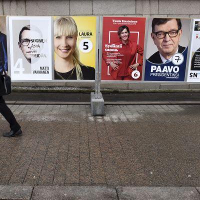 Valaffischer inför presidentvalet 2018.