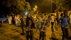Unga kvinnor har deltagit och haft en oväntat framträdande roll under de pågående protesterna i Sudan.