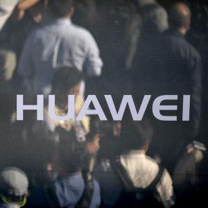 Kina kräver att Huaweichef friges i Kanada
