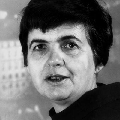 Ulkomaankirjeenvaihtaja Lieko Zachovalova.