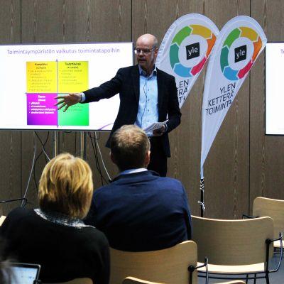 Opetushallituksen pääjohtaja Olli-Pekka Heinonen