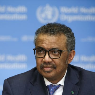 Maailman terveysjärjestö WHO:n pääsihteeri  Tedros Adhanom Ghebreyesus tiedotustilaisuudesssa Genevessä Sveitsissä 17. helmikuuta 2020.