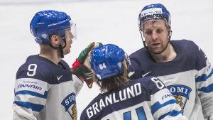 Mikko Koivu, Mikael Granlund och Leo Komarov spelade bra ihop mot Ungern.