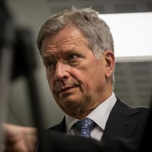 President Sauli Niinistö på Kauniala sjukhus 90-årsjubileum, 9.12.2016