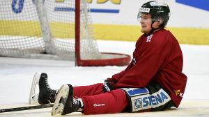 Artturi Lehkonen lämnar Sverige för NHL, uppger Aftonbladet.