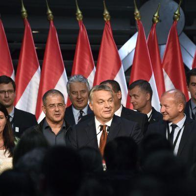 Ungerns premiärminister Viktor Orbàn efter folkomröstningen om flyktingkvoter den 2 oktober 2016.