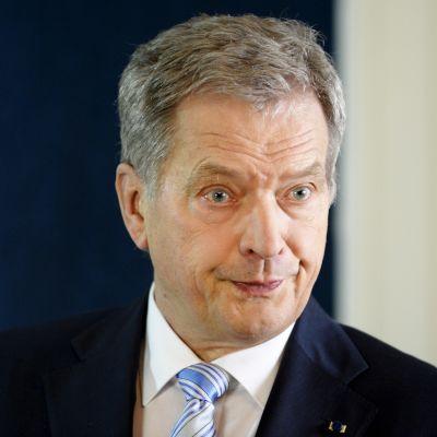 Sauli Niinistö under sitt nyårstal 2016.