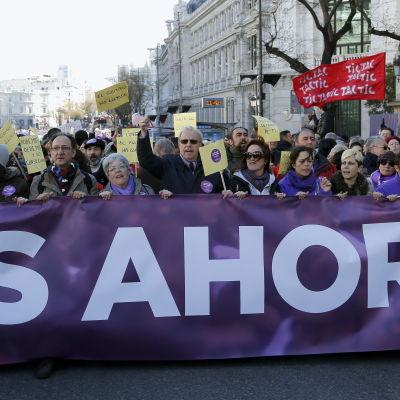 Marsch till stöd för Podemos i Madrid.