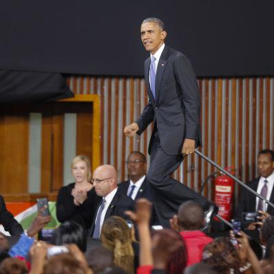 USA:s president Barack Obama höll bland annat ett tal på en idrottsarena i Nairobi.