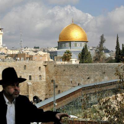 Vid klagomuren i Jerusalem