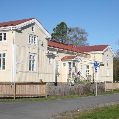 Bennäs skola i Pedersöre.