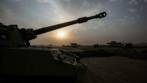 Irakiska styrkor avancerar mot staden al-Sharqat i september 2017.