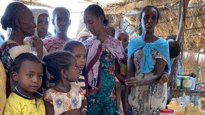 Kvinnor från Tigray i ett flyktingläger i Sudan i april i år.