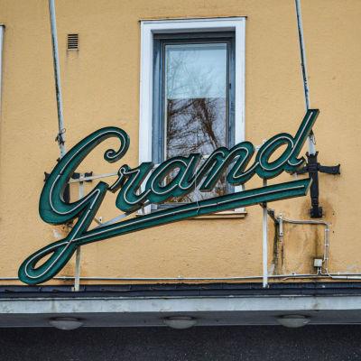 Logo för kulturhuset Grand