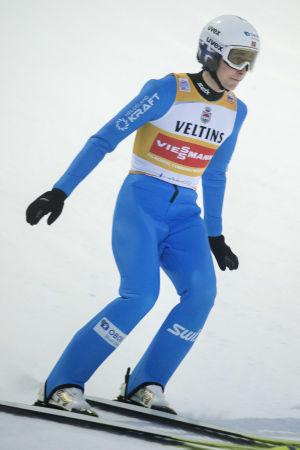 Jarl Magnus Riiber hoppar backe i världscuptävlingen Lahtis i januari.