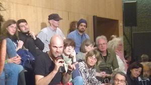 Regissören Nicolas Stemann diskuterar sin föreställning