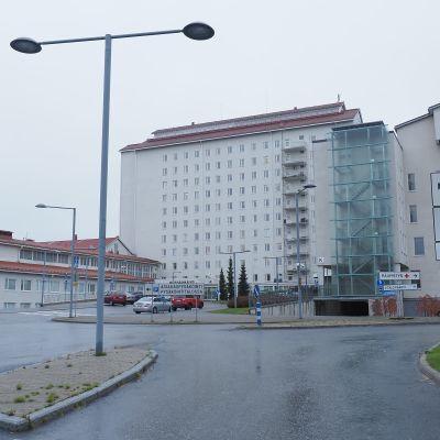 Joensuun keskussairaala
