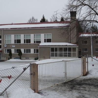 Puhoksen koulu