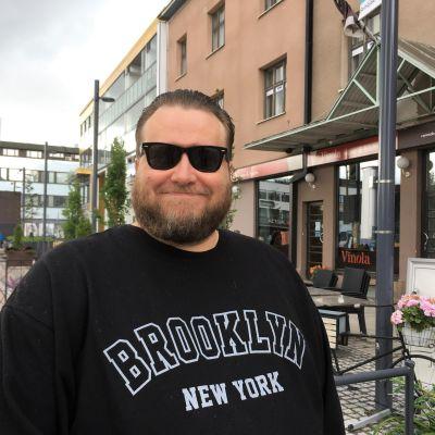 Lari Paski Seinäjoen torilla.