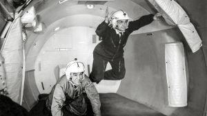 Keväällä 1959 Yhdysvaltain avaruushallintovirasto NASA esitteli amerikkalaisille uudenlaisen sankarin, astronautin.