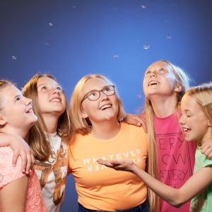 MGP:n finalistit, The Freez: Sofie Rosström, Josefina Saarinen, Ebba Lundström, Alexandra Lundin ja Ellinor Kevin