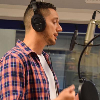 Omar Offendum rappar för Syrien