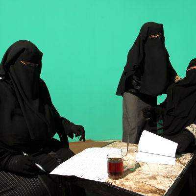 Kvinnor iförda niqab.