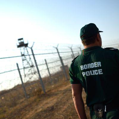 Bulgarisk gränspolis vid gränsen till Turkiet i september 2016