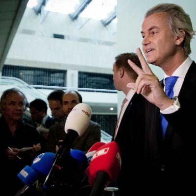 Geert Wilders på presskonferens i Haag.