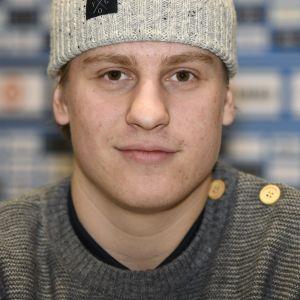 Eeli Tolvanen inför JVM i ishockey.
