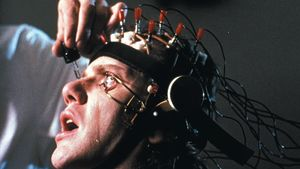 Malcolm McDowell elokuvassa Kellopeliappelsiini (1971)