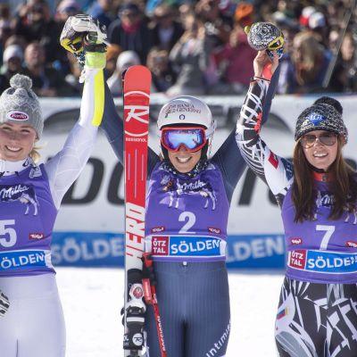 Mikaela Schiffrin (t.v.), Federica Brignone och Tina Weirather i Sölden 2015.