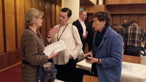Birgitta Gran, Marit Feldt-Ranta och Elisabeth Helander.
