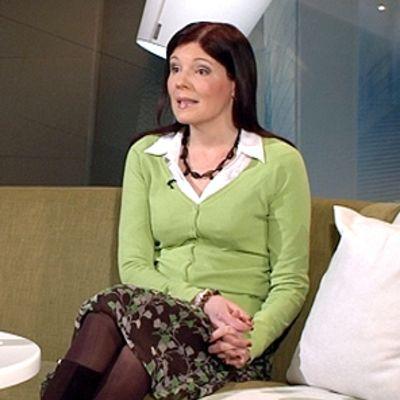 Opetusministeri Sari Sarkomaa haluaa nykyistä pienemmät ryhmäkoot.