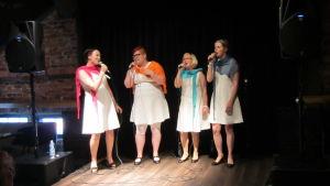 Vokalgruppen NaisVoice från Willmanstrand.