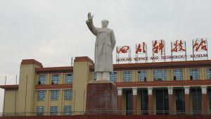 Staty av kinesiska landsfadern Mao Zedong.