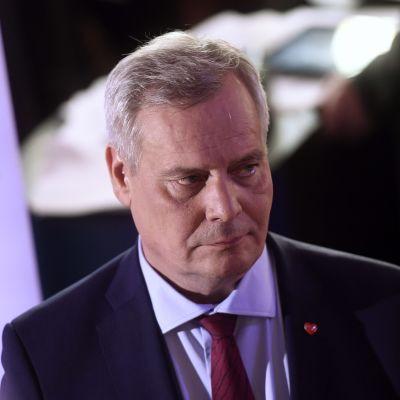 SDP:s ordförande Antti Rinne på Kommunernas hus på valkvällen.