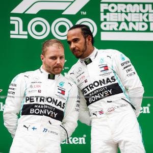 Lewis Hamilton och Valtteri Bottas tog säsongens tredje dubbelseger för Mercedes.