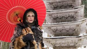 Brittiläinen tähtinäyttelijä Joanna Lumley tekee lumoavan junamatkan Japaniin.