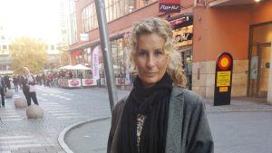 Katarina Graffman på gatan.