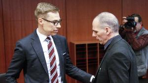 Alexander Stubb (Saml) och Greklands finansminister Yanis Varoufakis.