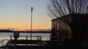 Vinterbadarnas plats i småbåtshamnen i Ingå.