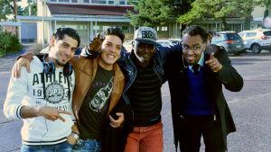 Mustapha, Ahmad, Moktear Abdi och Ahwas Aki bor på Raasepori Resort i Karis.