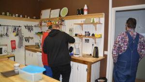 Köket i ungdomsverkstaden Koi i Karis.