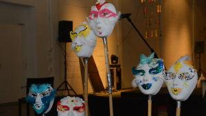 Hanne Hortes masker för CulturaMobilas föreställning på Fiskars ljusfest.