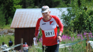 Niilo Tuominen vann 80-åringarnas tävlingsklass.