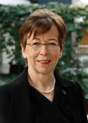 Ordförande för HNS styrelse Ulla-Marja Urho (Saml)